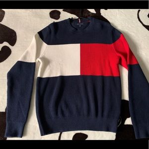 Tommy Hilfiger small NEW